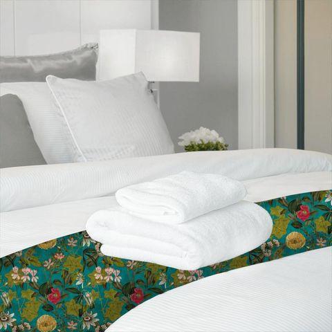 Passiflora Kingfisher Bed Runner