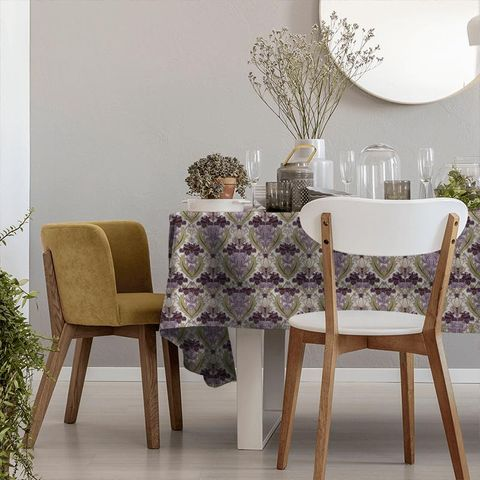Acanthus Berry Tablecloth