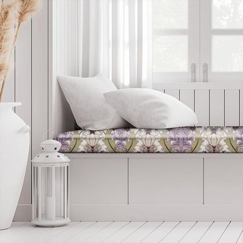 Acanthus Berry Box Cushion