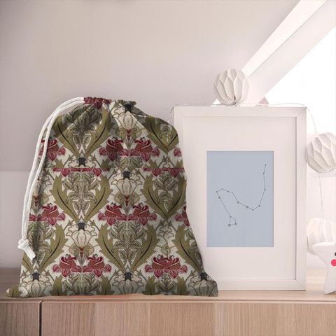Acanthus Cherry Pyjama Bag