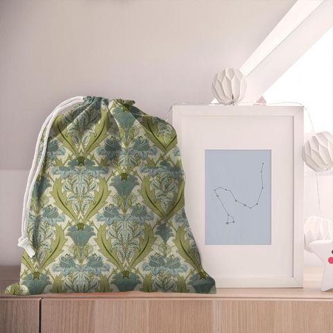 Acanthus Cornflower Pyjama Bag