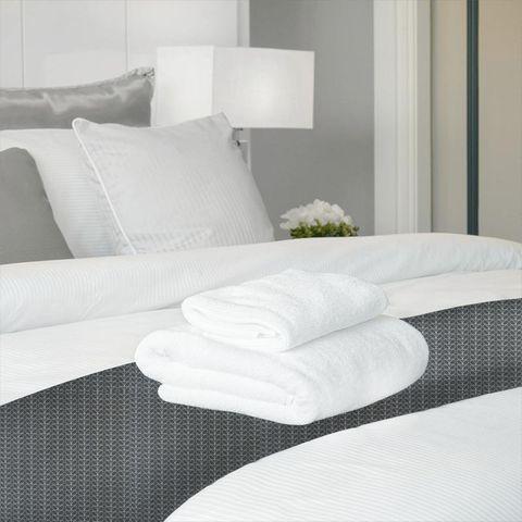 Linear Stem Cool Grey Bed Runner