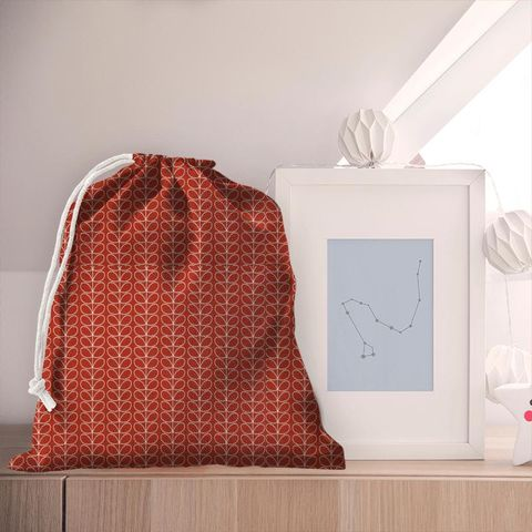 Linear Stem Tomato Pyjama Bag