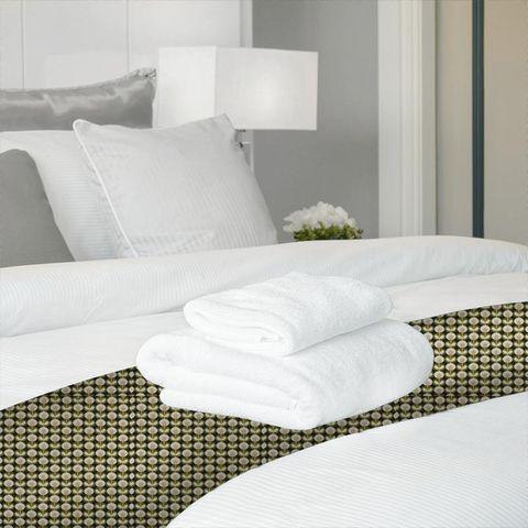 Oval Flower Seagrass Bed Runner
