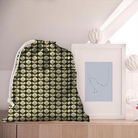 Oval Flower Seagrass Pyjama Bag